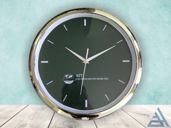 Đồng hồ treo tường vành xi bạc sang trọng