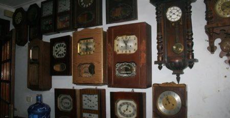 đồng hồ treo tường làm quà tặng hcm