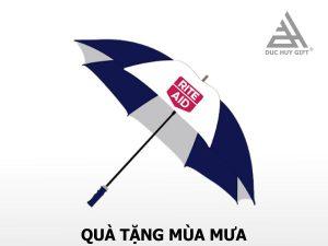 ô dù cầm tay quảng cáo