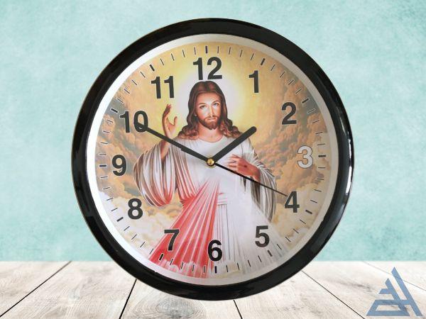 đồng hồ hình chúa