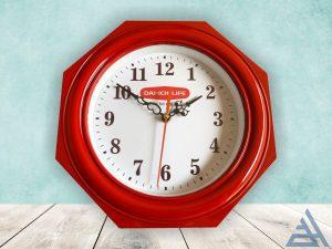 Đồng hồ bát giác