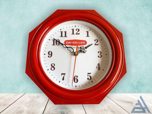 Đồng hồ treo tường kiểu bát giác