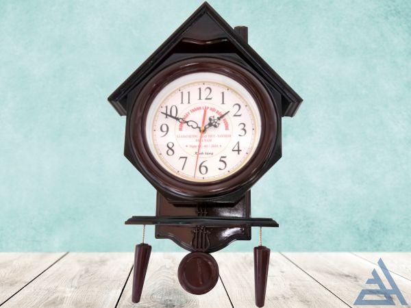 Đồng hồ ngôi nhà quả lắc