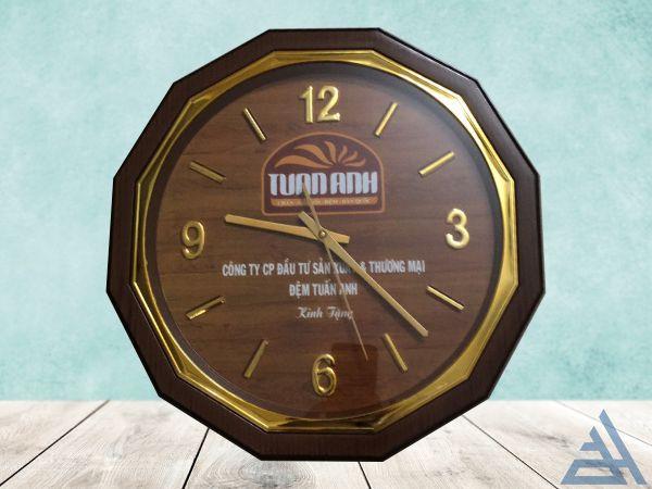 Đồng hồ treo tường 12 cạnh cao cấp